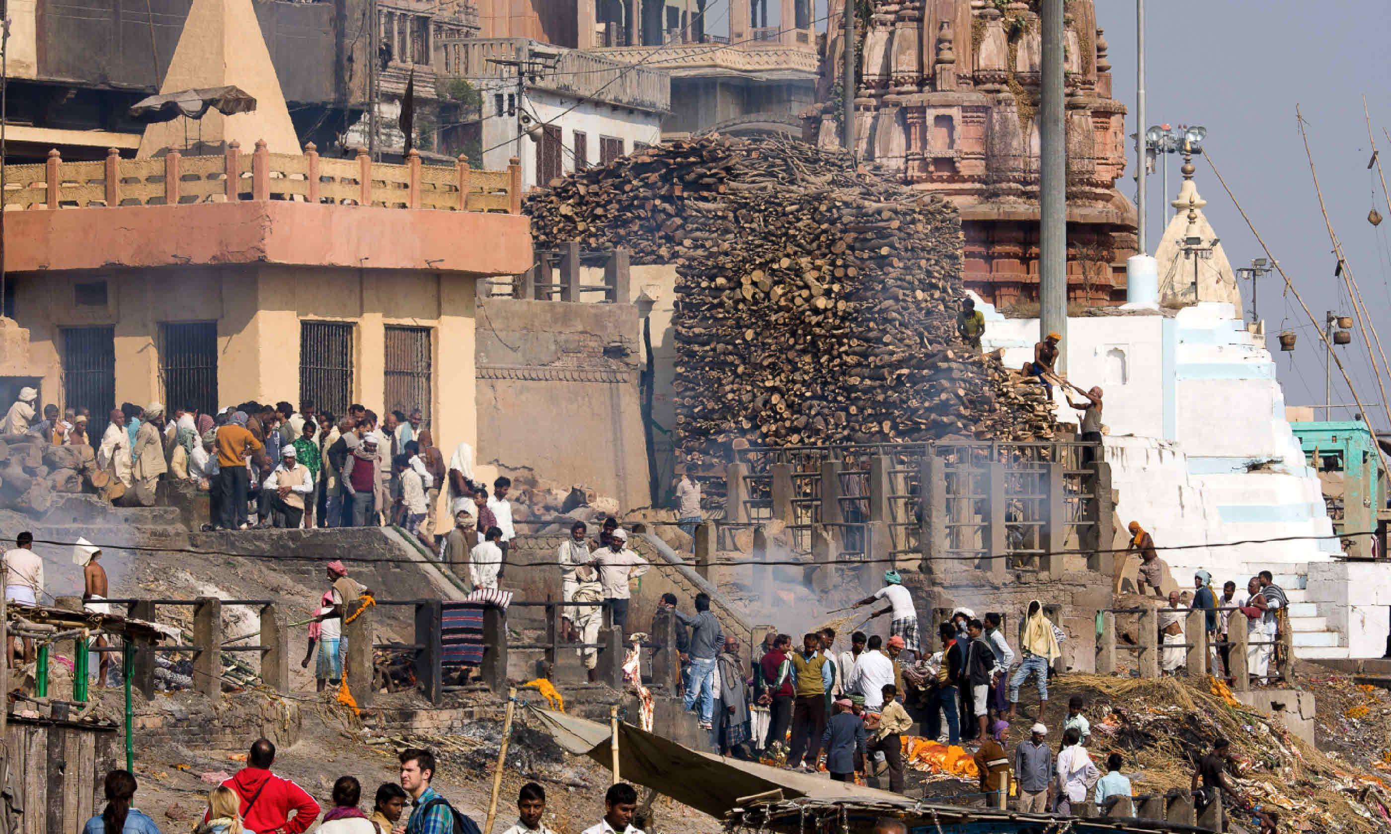 Varanasi cremation ceremony (Shutterstock)