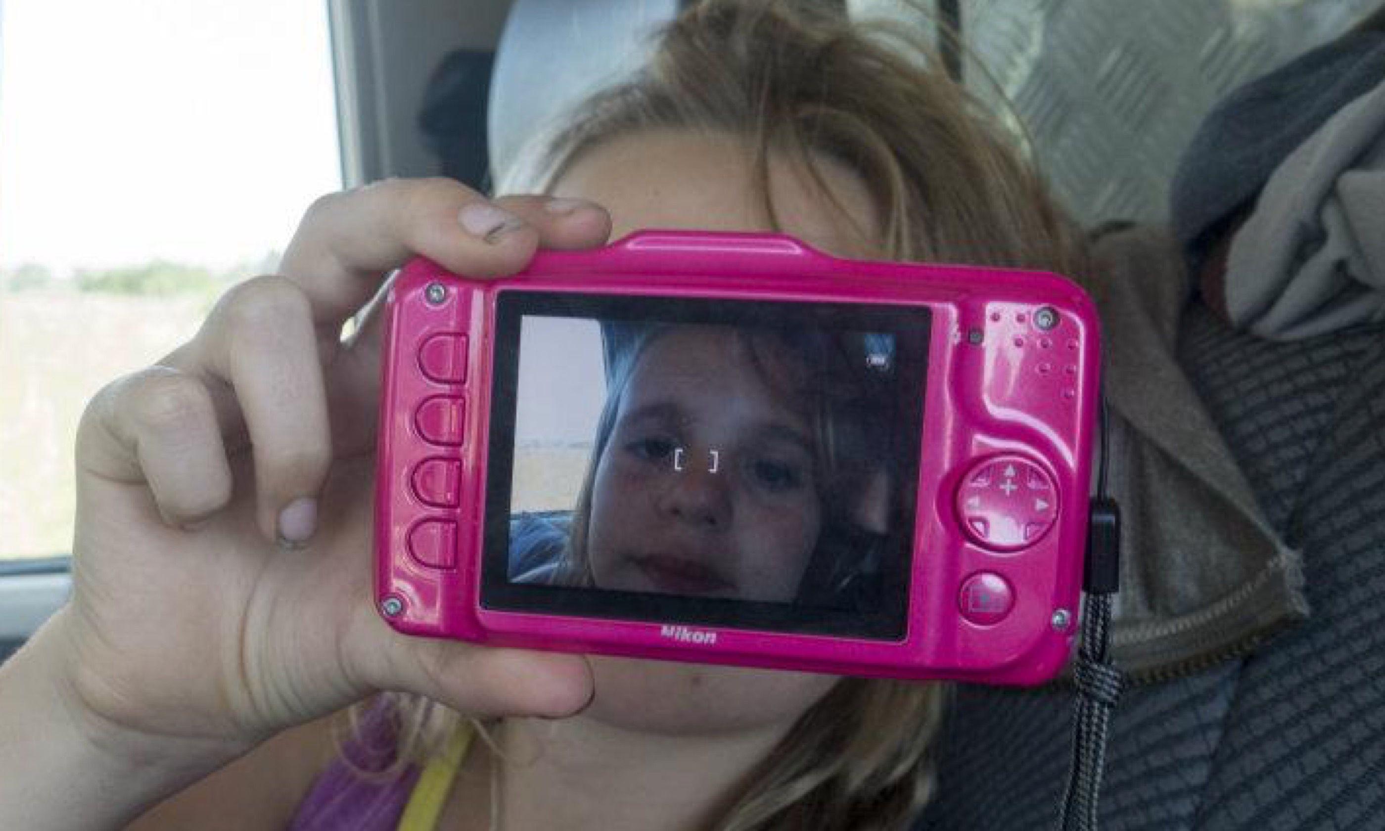 Having fun with a digital camera (Edwina Cagol)