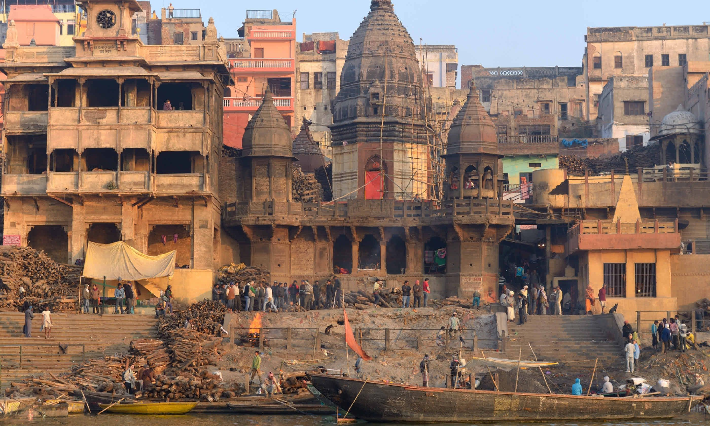 Ganges River at Manikarnika Ghat (Shutterstock)