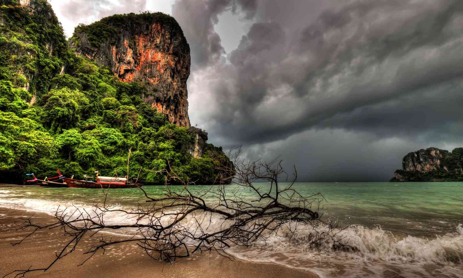 Storm clouds over Thailand (Dreamstime)