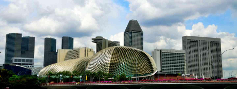 Take a stroll along Singapore's Esplanade (Eustaquio Santimano)