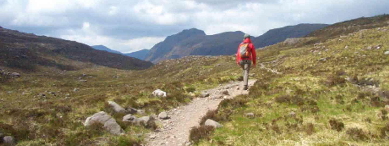Hiking in Torridon, Scotland (Saskia Heijltjes)