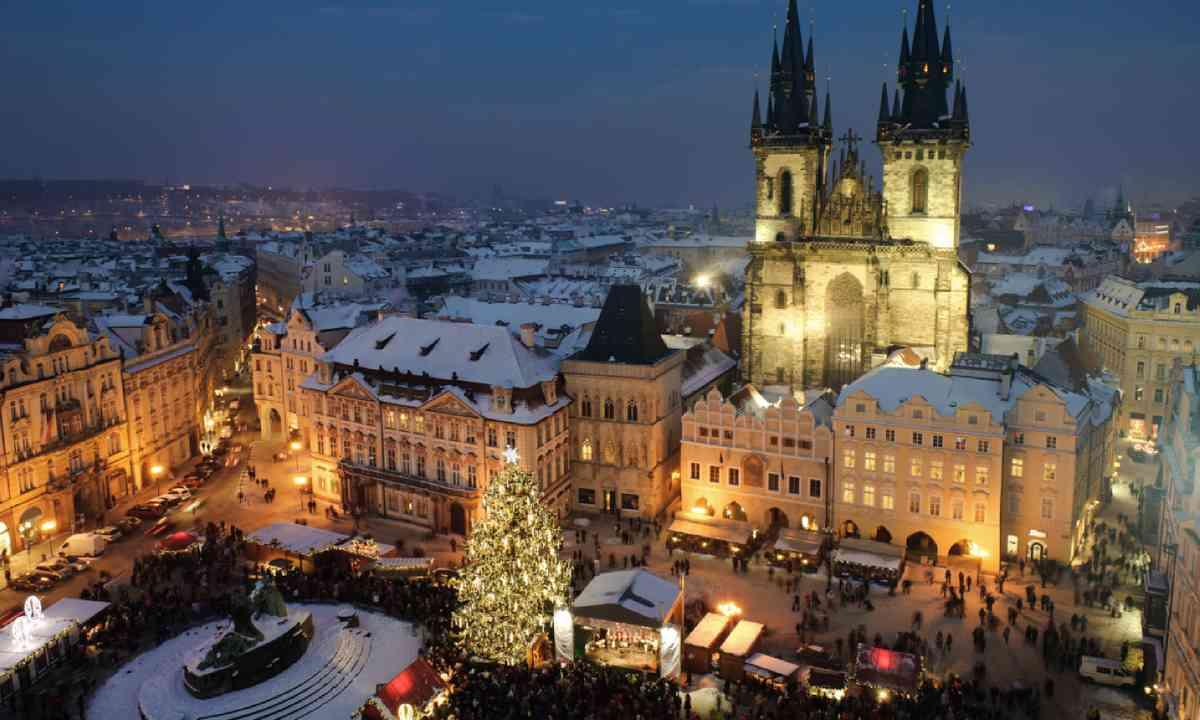Prague at Christmas (Shutterstock)