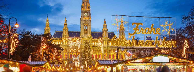 Christmas market in Vienna (Shutterstock)