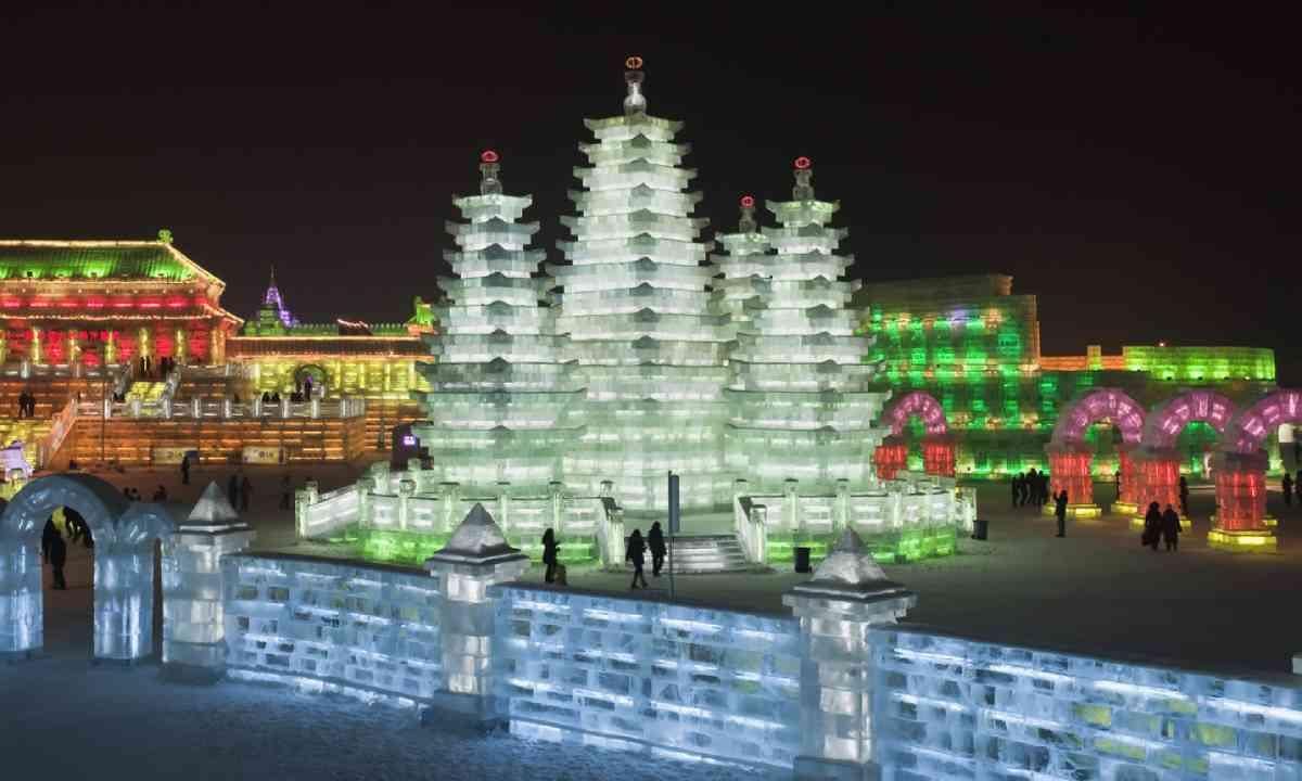 Harbin Ice Festival (Shutterstock)