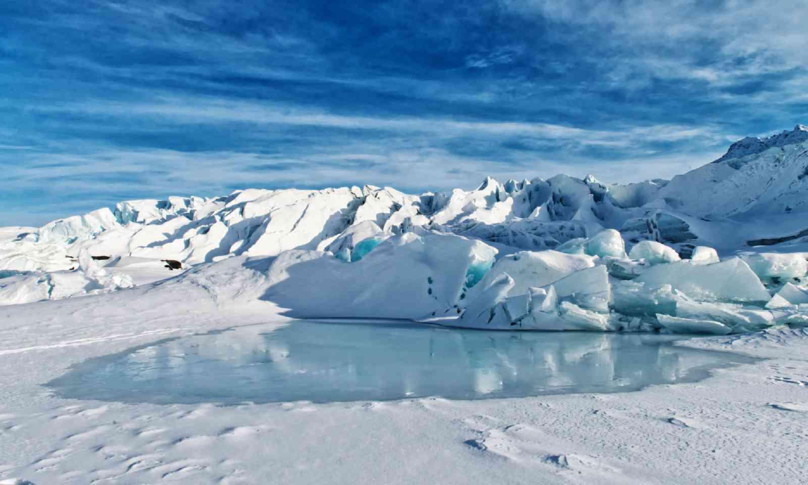 Matanuska Glacier (Shutterstock)