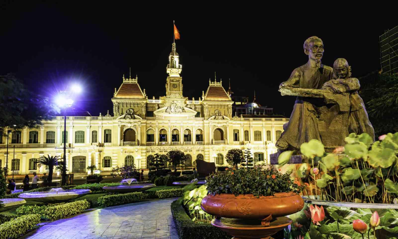 Ho Chi Minh City Hall, Dong Khoi Street (Shutterstock)
