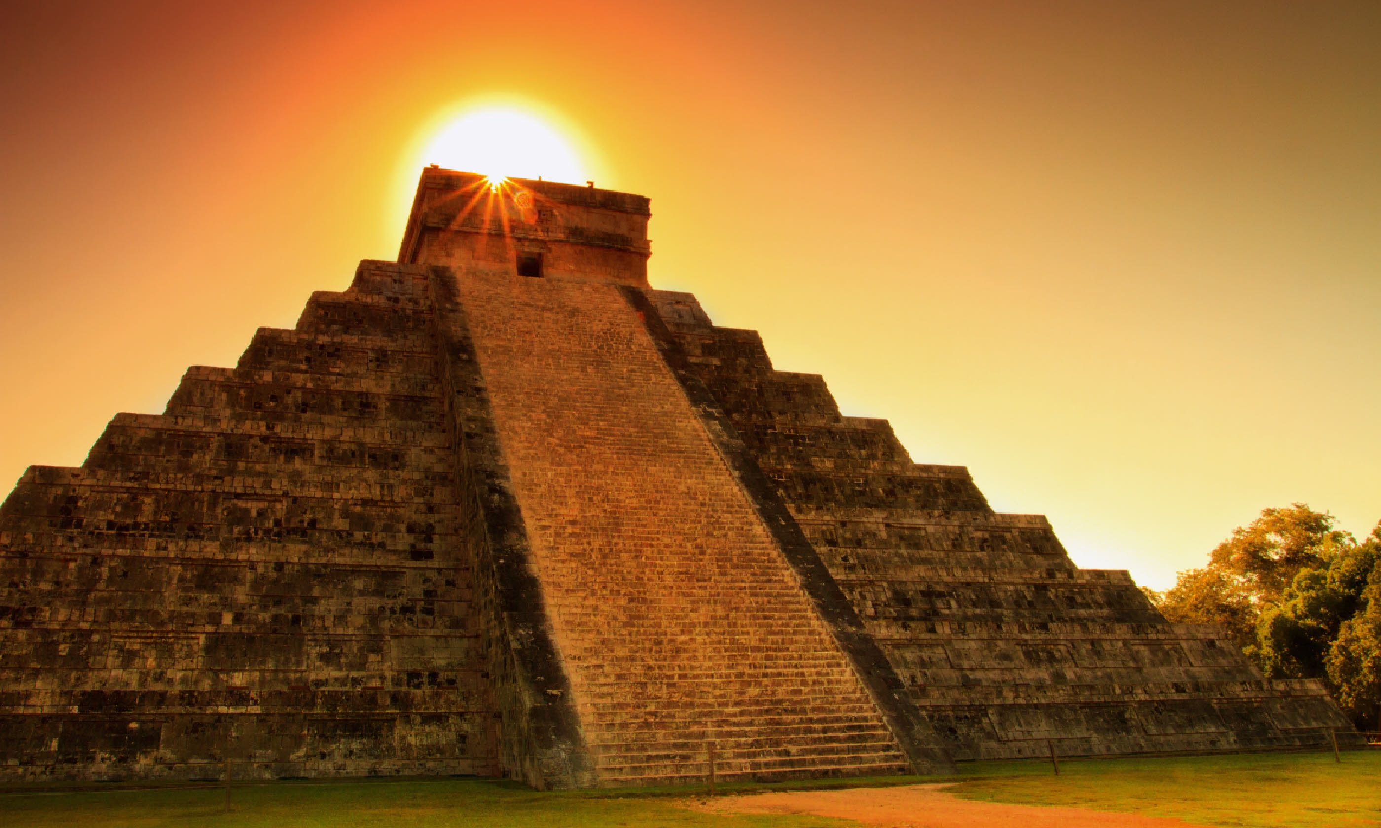 Chichen Itza sunset (Shutterstock)