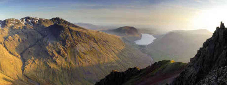 The Lake District (iStock_000012736734Medium)