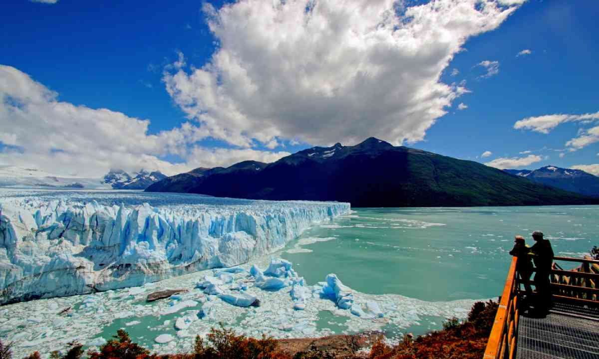 A view on Perito Moreno (Shutterstock)