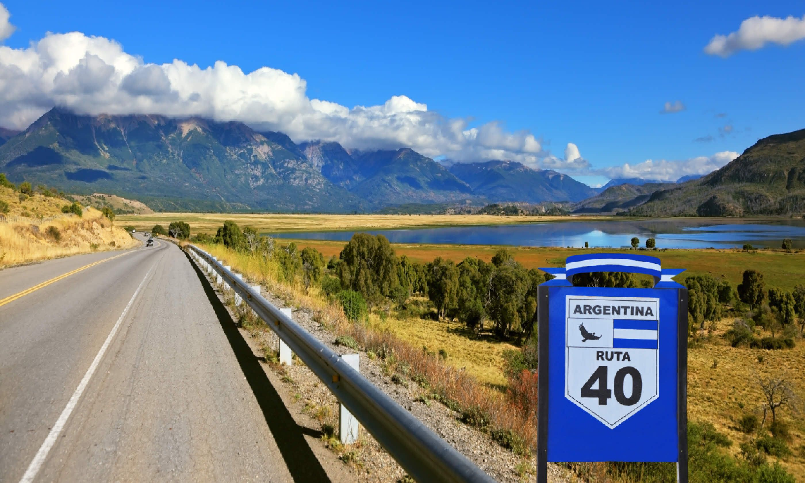 Route 40, Argentina (Shutterstock)