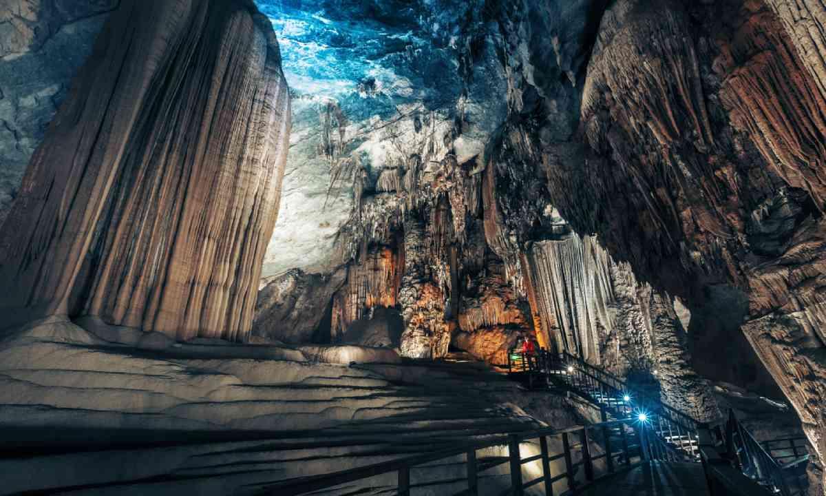 Phong Nha National Park, Vietnam (Shutterstock)