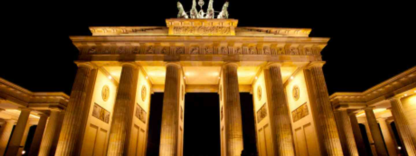 Find out where on the list of top 10 sights and attractions in Germany the Brandenburg Gate came (Flickr: Esther Lee)