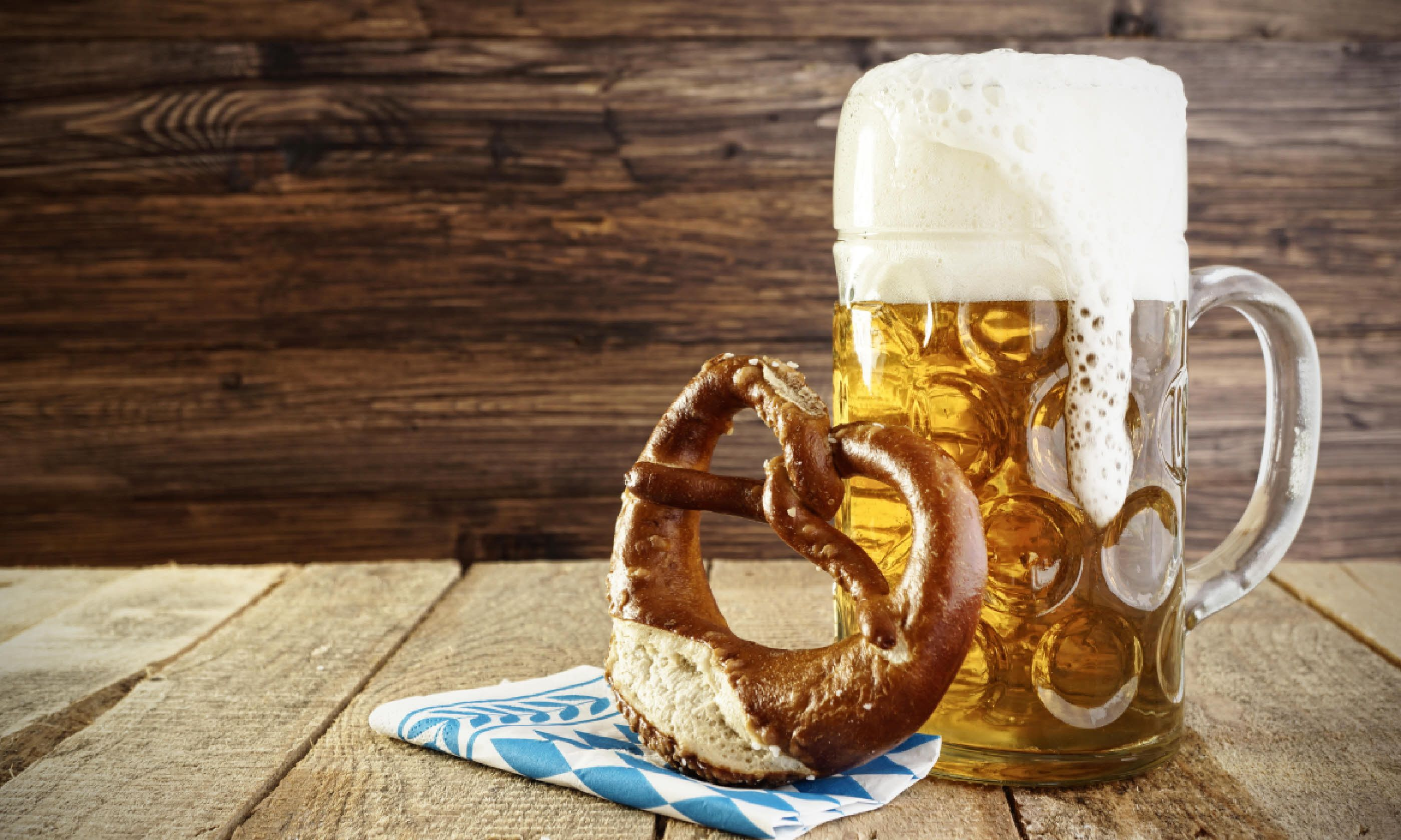 Beer and pretzel (Shutterstock)