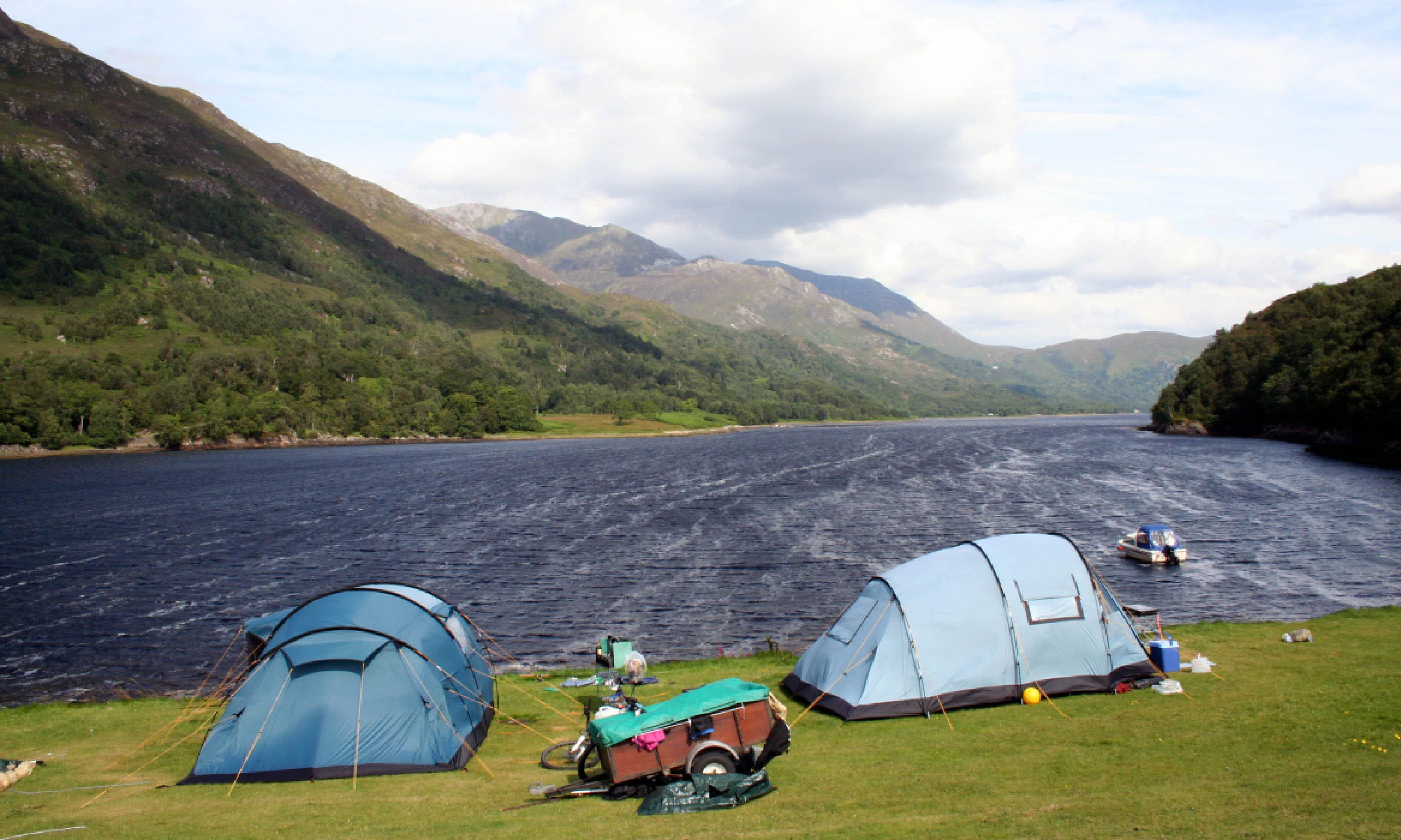 Whatu0027s allowed Tents c&ervans dogs caravans big groups young groups u2013 yes. Amenities 50 pitches. Those near the loch can be windy but it does give ... & Scotlandu0027s 7 best campsites | Wanderlust