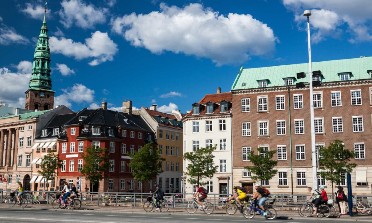 Cyclist in Copenhagen (Shutterstock)