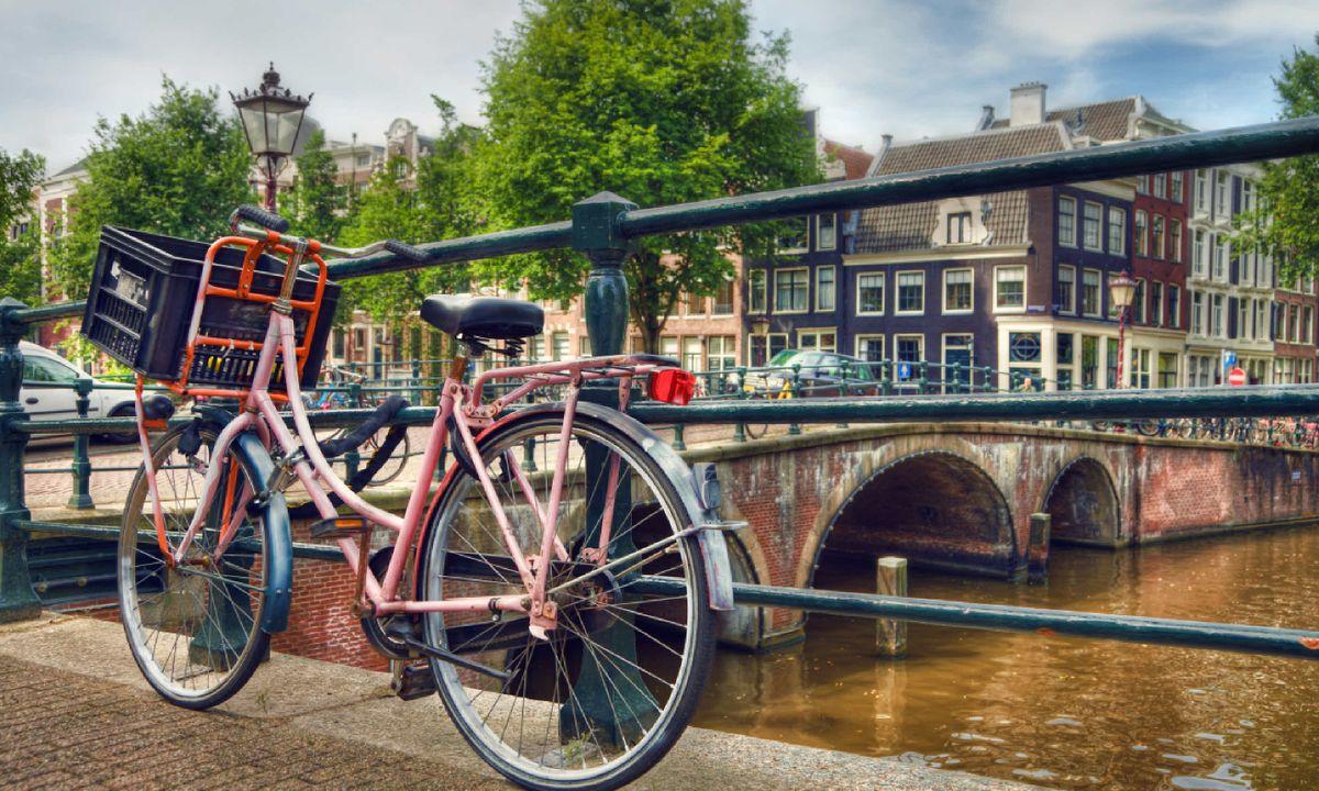 Amsterdam canal scene (Shutterstock)