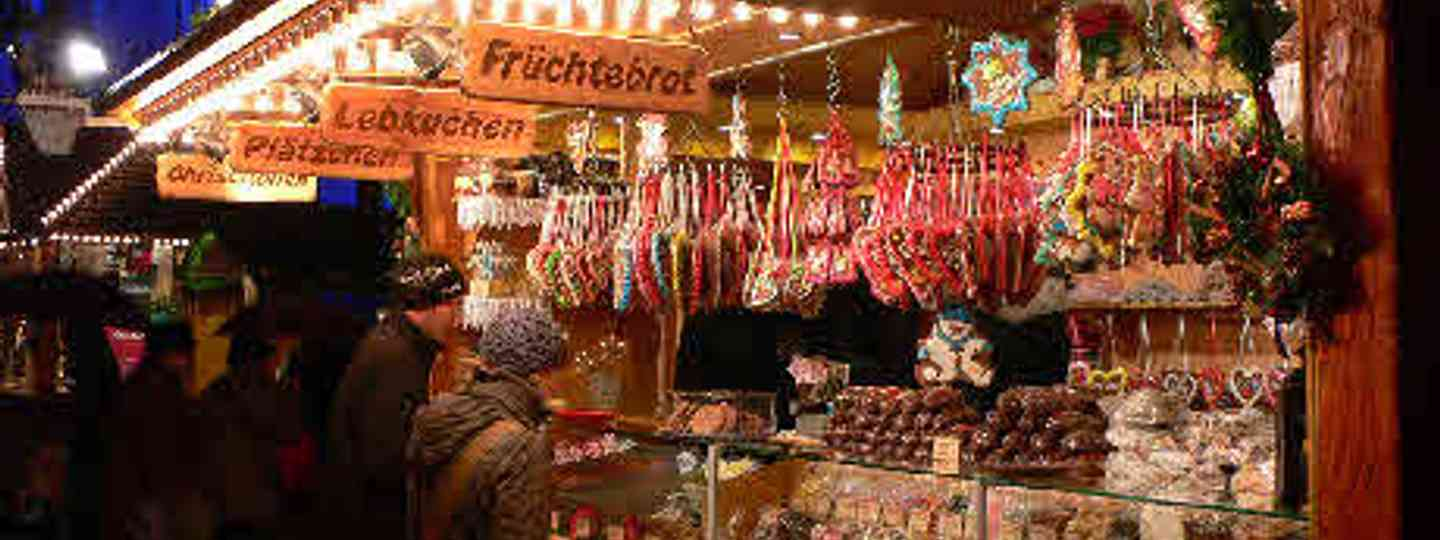 The 5 Best Christmas Markets in Canada (Flickr: Heather Cowper)