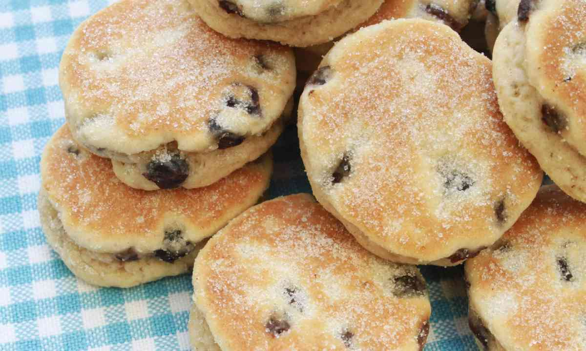 Traditional Welsh cakes (Shutterstock)
