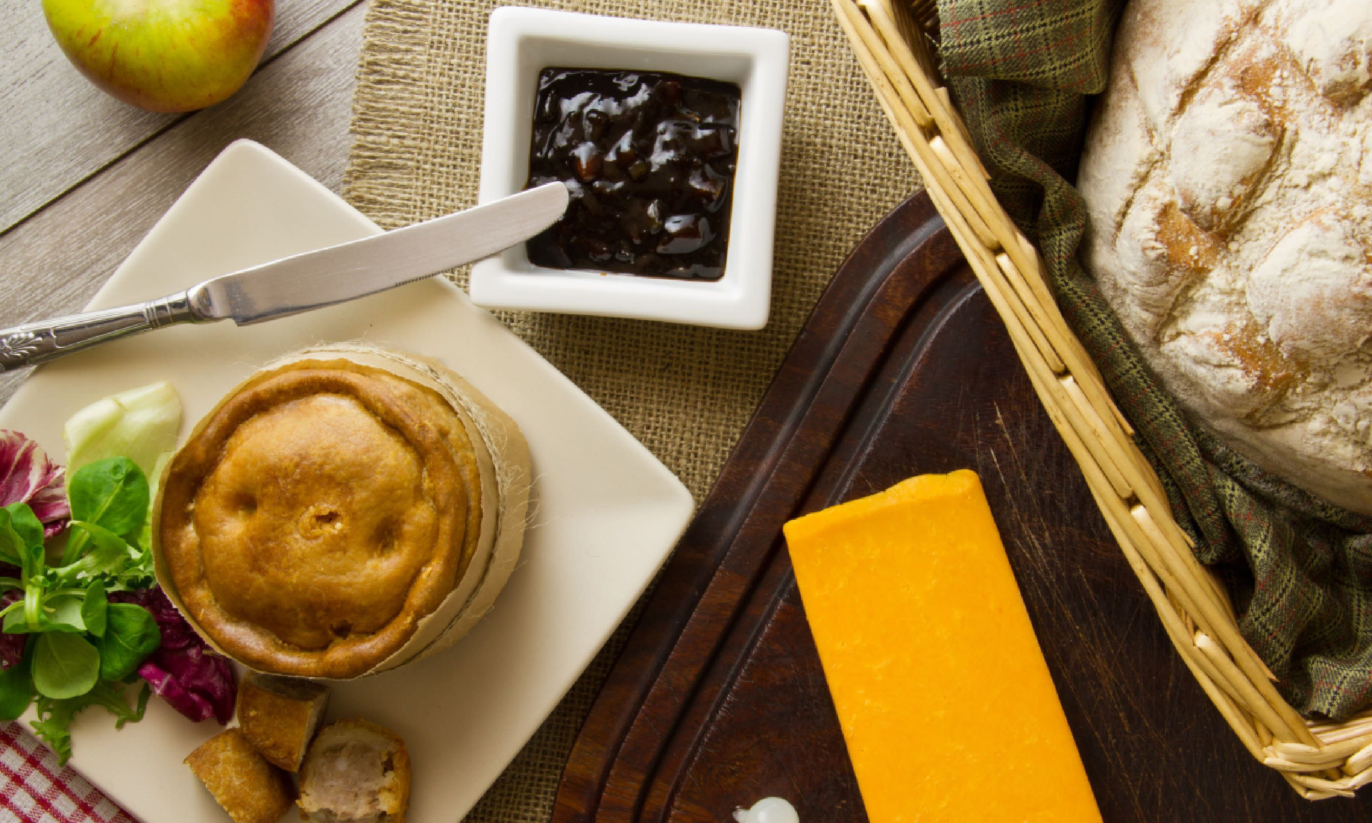 Ploughman's lunch with Melton Mowbray pie (Shutterstock)