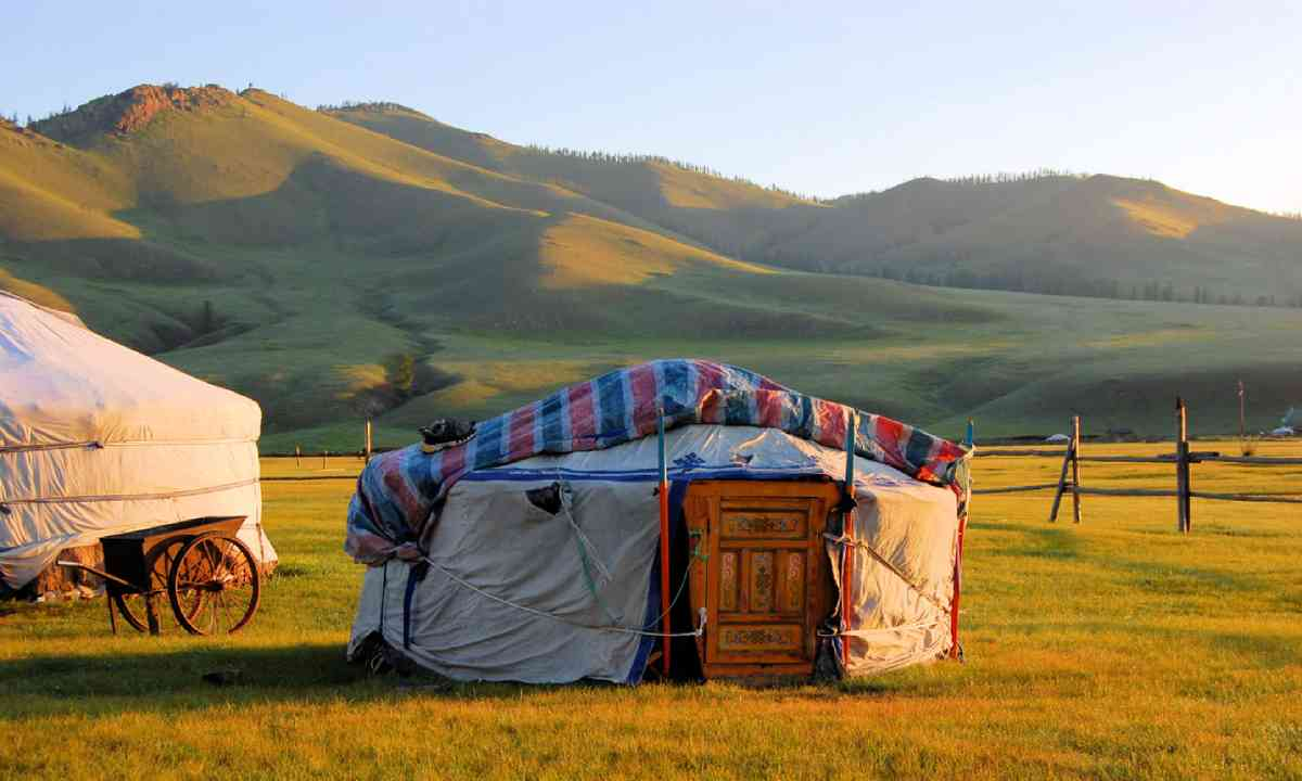 Traditional ger tent home of Mongolian nomads (Shutterstock)