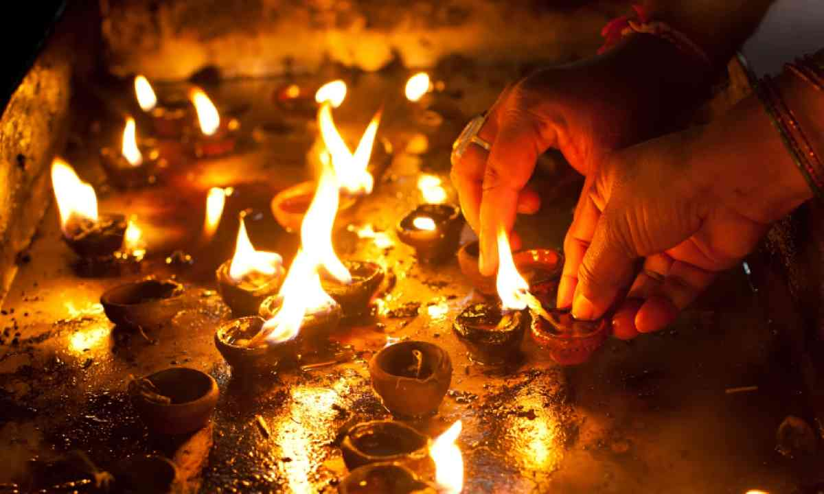 Diwali celebration (Shutterstock)