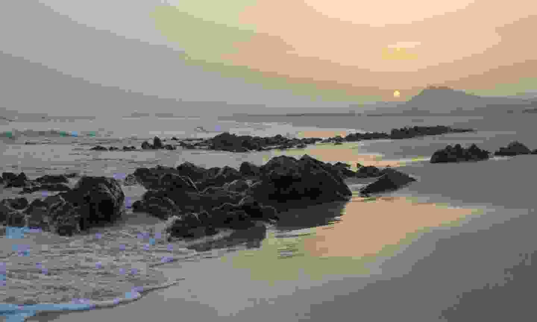 Sunrise over Masirah (Hazel Plush)