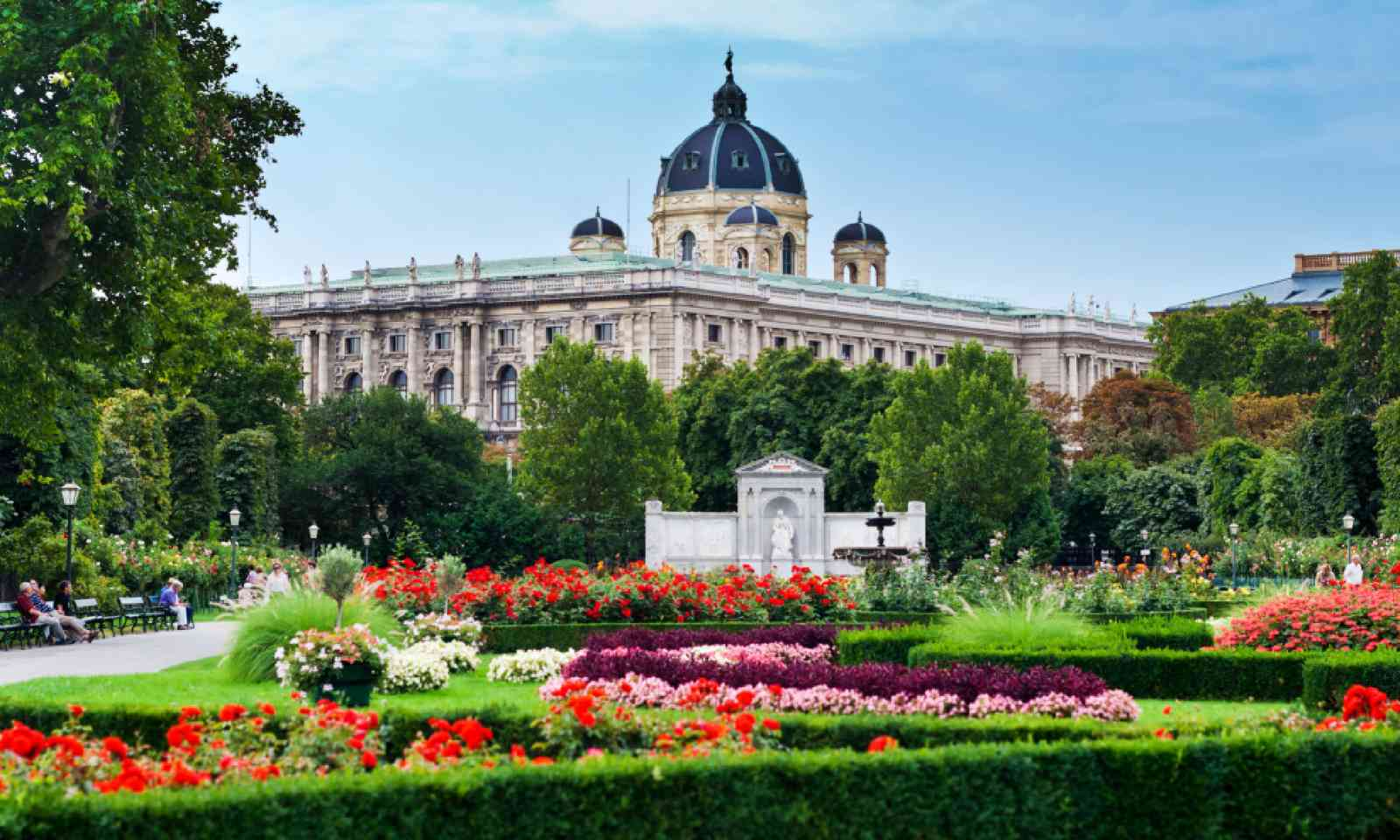 Volksgarten roses (Shutterstock)