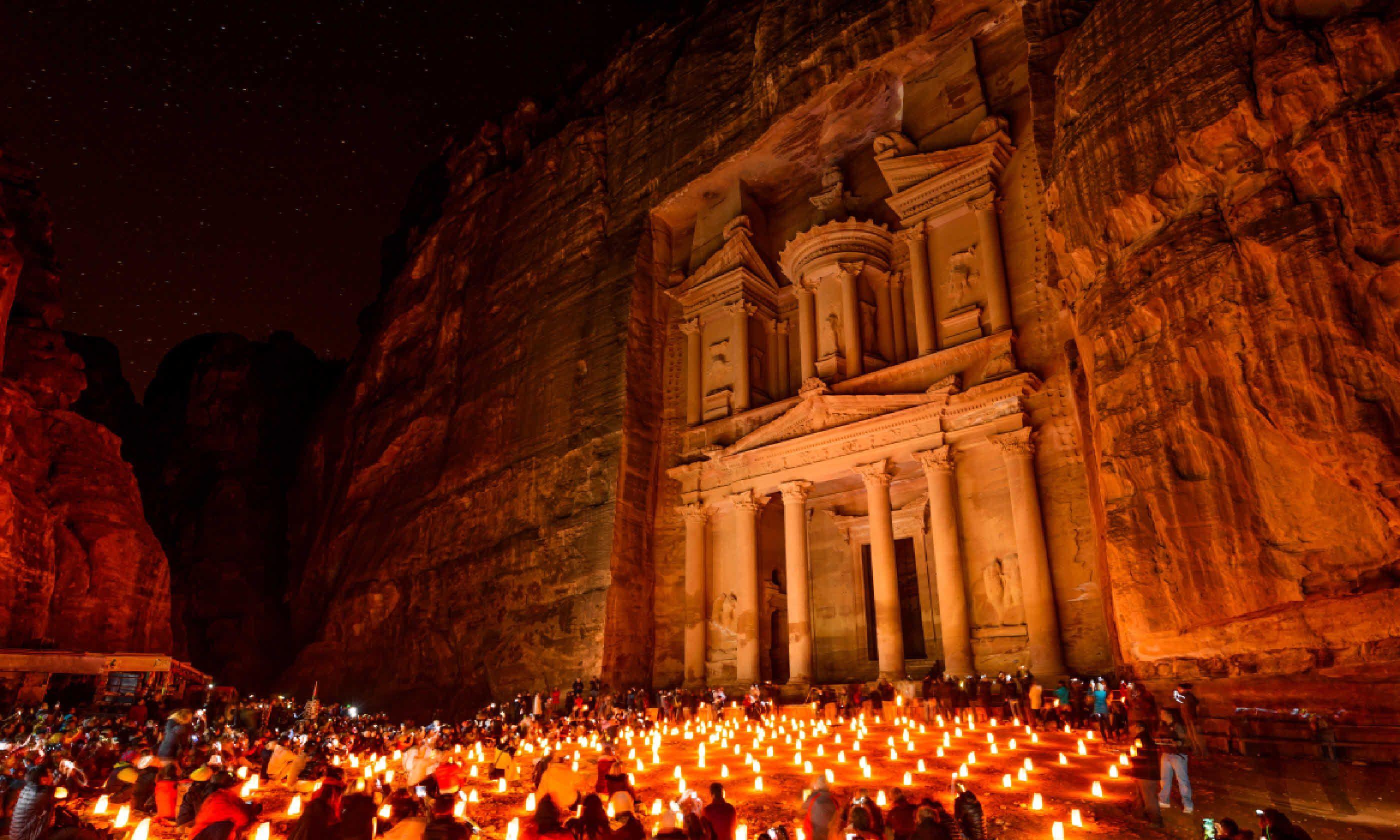 Al Khazneh in Petra, Jordan (Shutterstock)