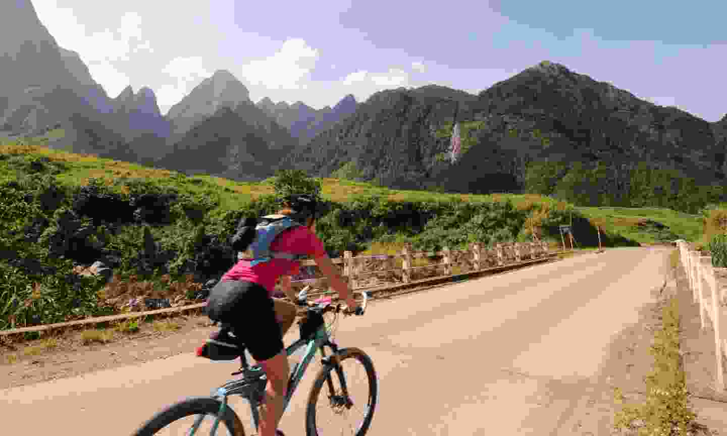 Cycling in Vietnam (KE Adventure Travel)