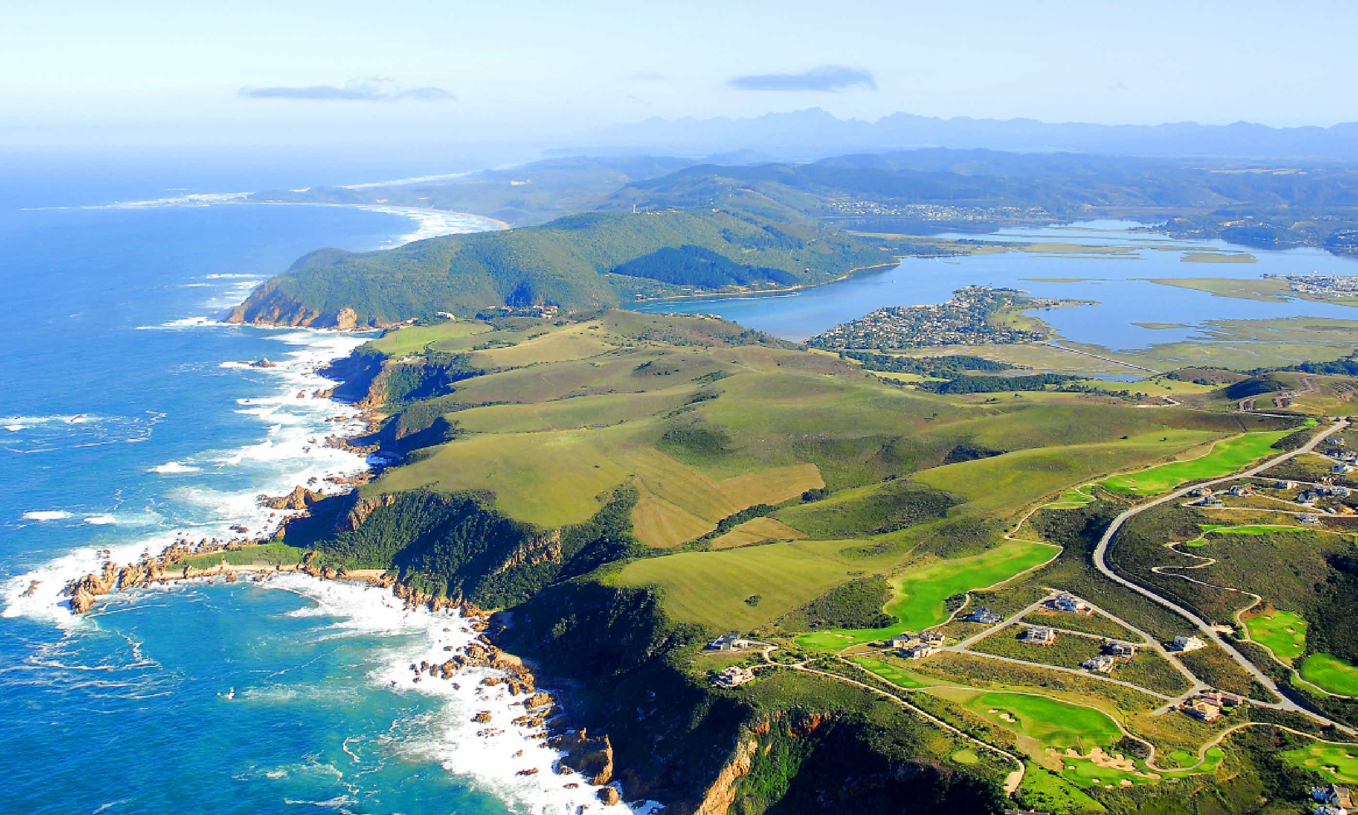 Aerial shot of Knysna on the Garden Route (Shutterstock)