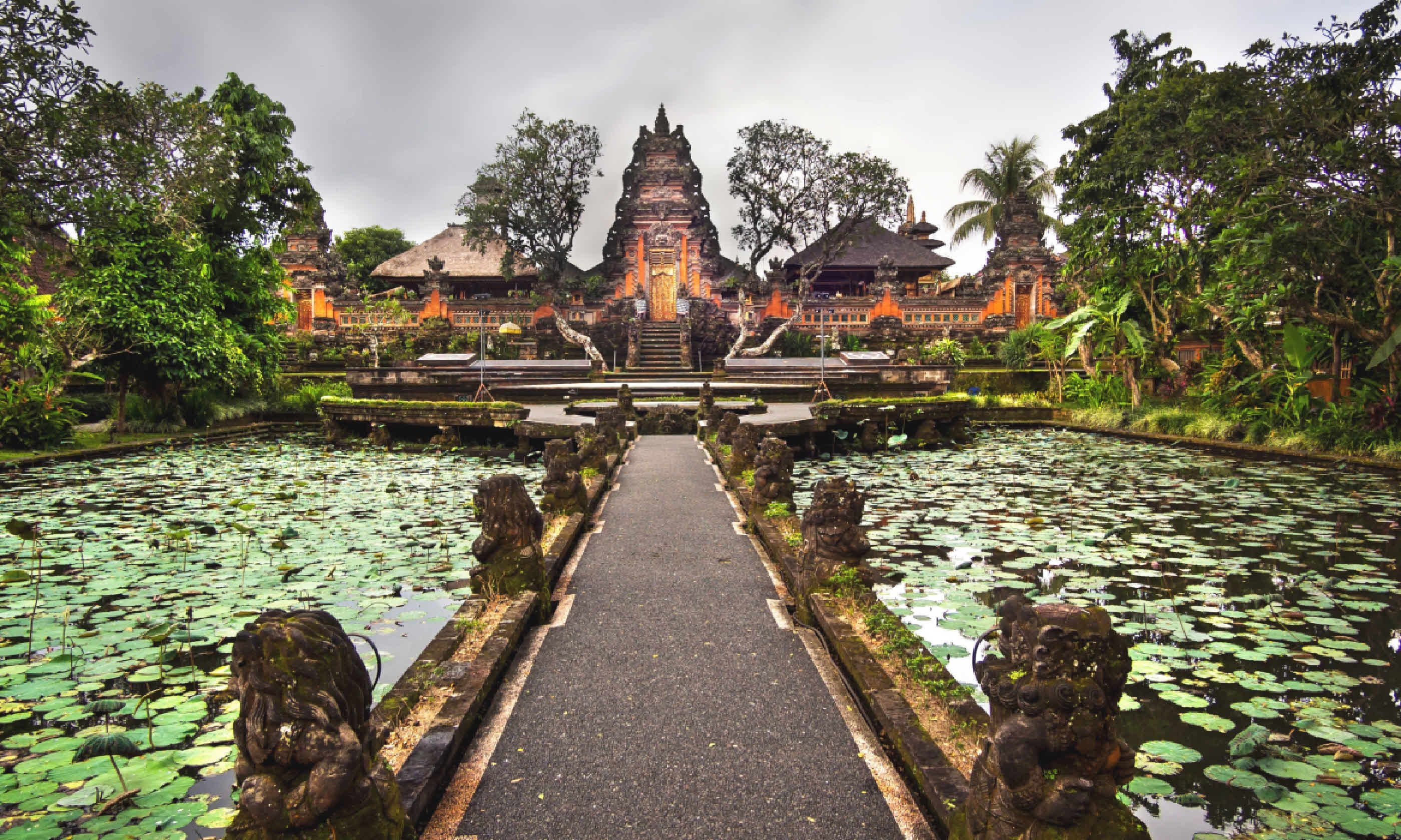 Pura Saraswati temple in Ubud, Bali (Shutterstock)