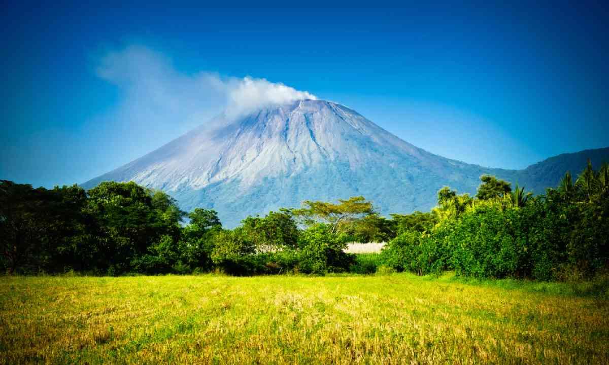 San Cristobal Volcano, Nicaragua (Shutterstock)