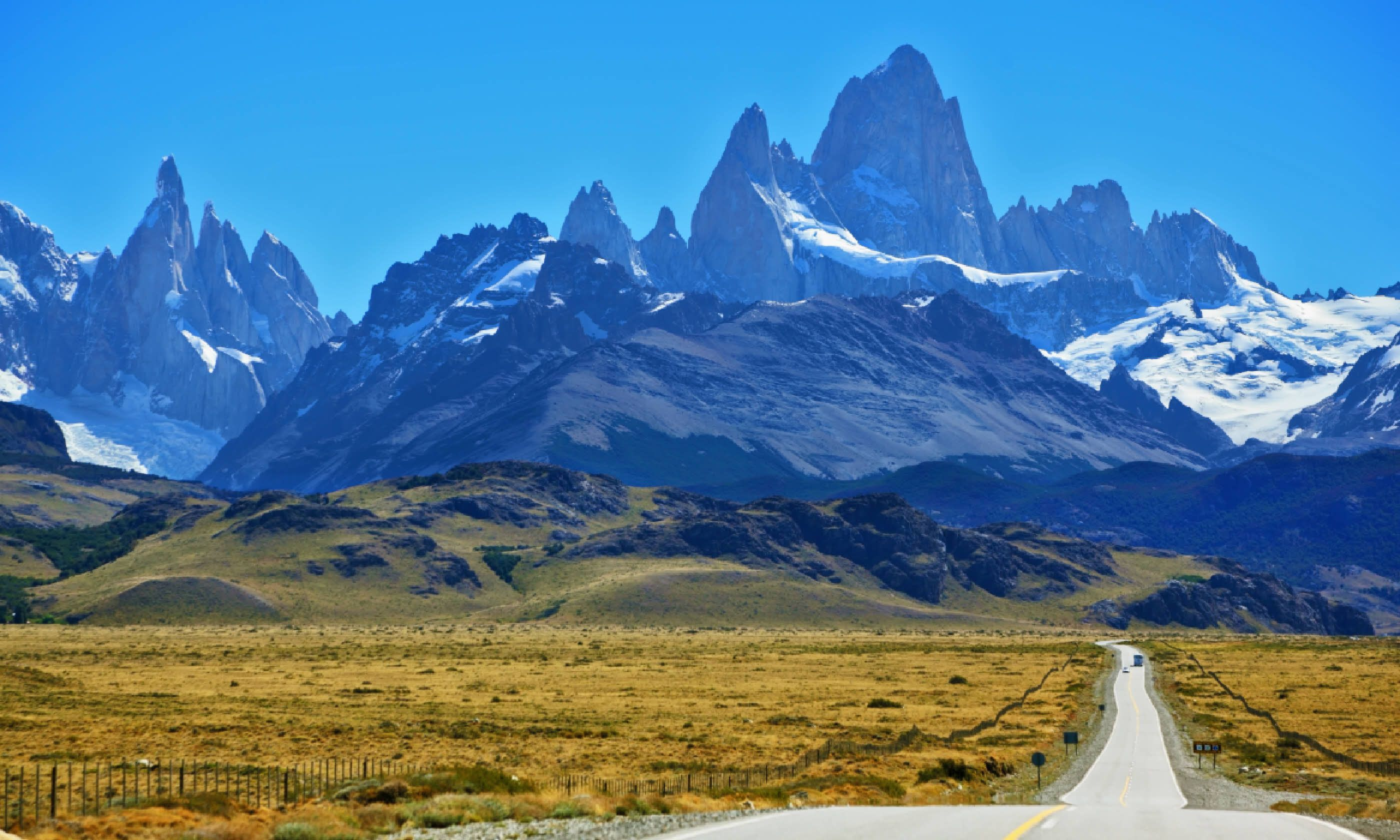 Fitz Roy peaks in the Andes (Shutterstock)