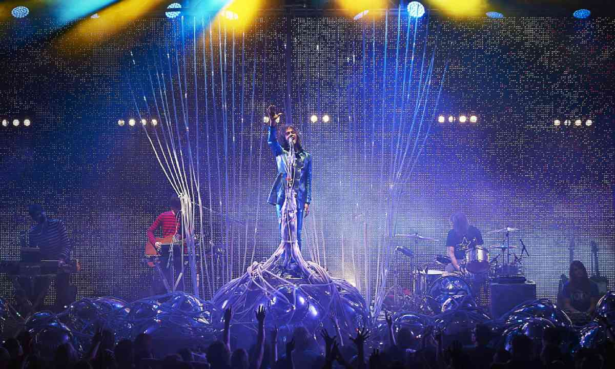 The Flaming Lips perform at The Roundhouse (Shutterstock)