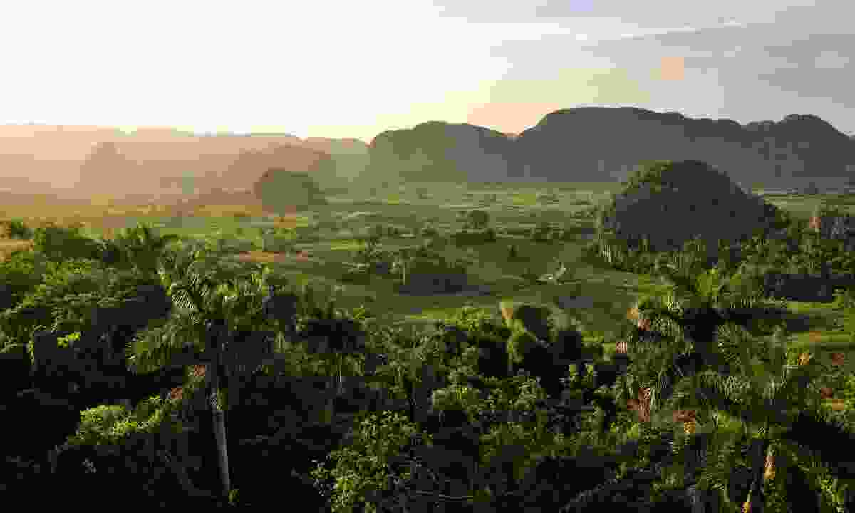 Peaceful view of the Vinales valley (Shutterstock)