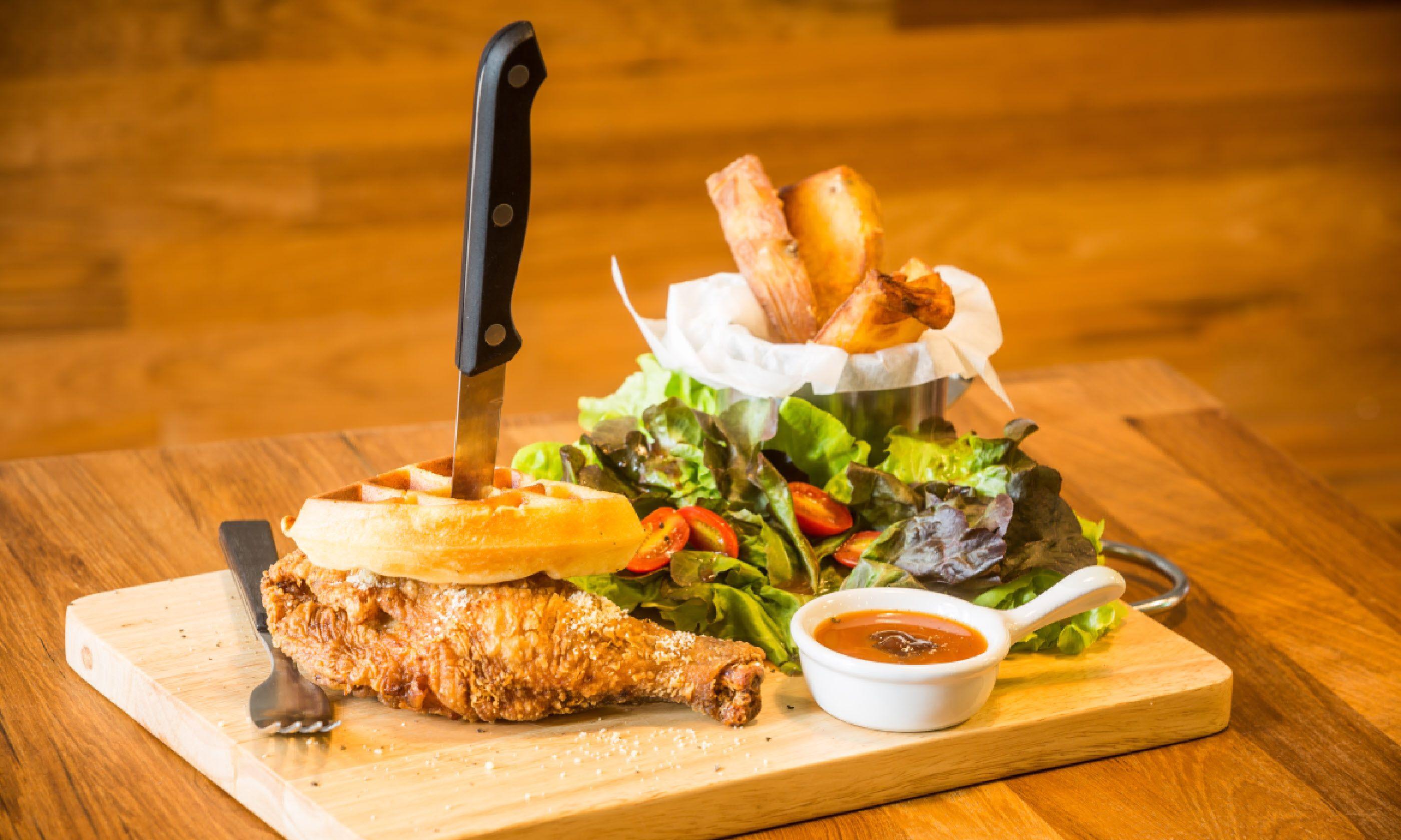 Deep fried chicken with waffle (Shutterstock)