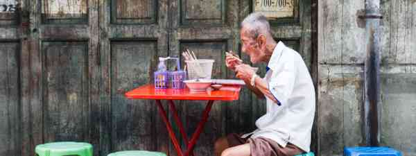 Street food in Bangkok (Shutterstock)