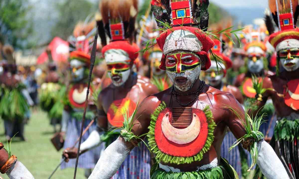 Goroka Tribal Festival, Papua New Guinea (Shutterstock)