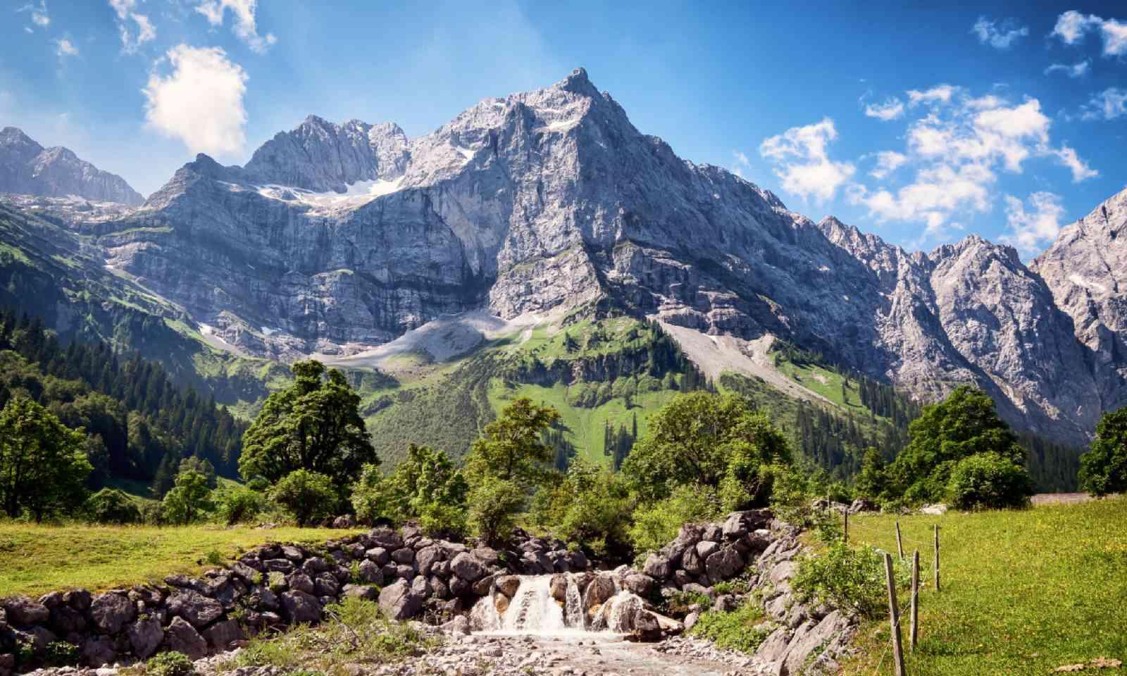 Karwendel mountains in Austria (Shutterstock)