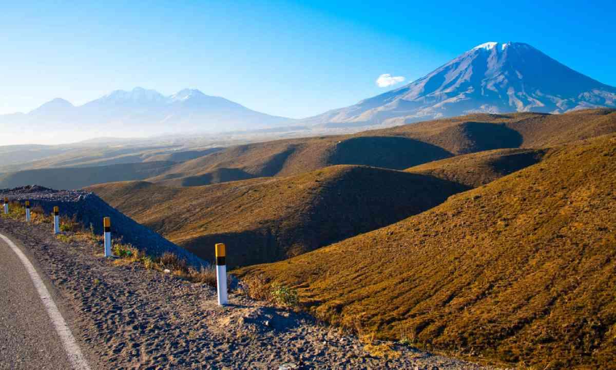 Volcano El Misti (Shutterstock)