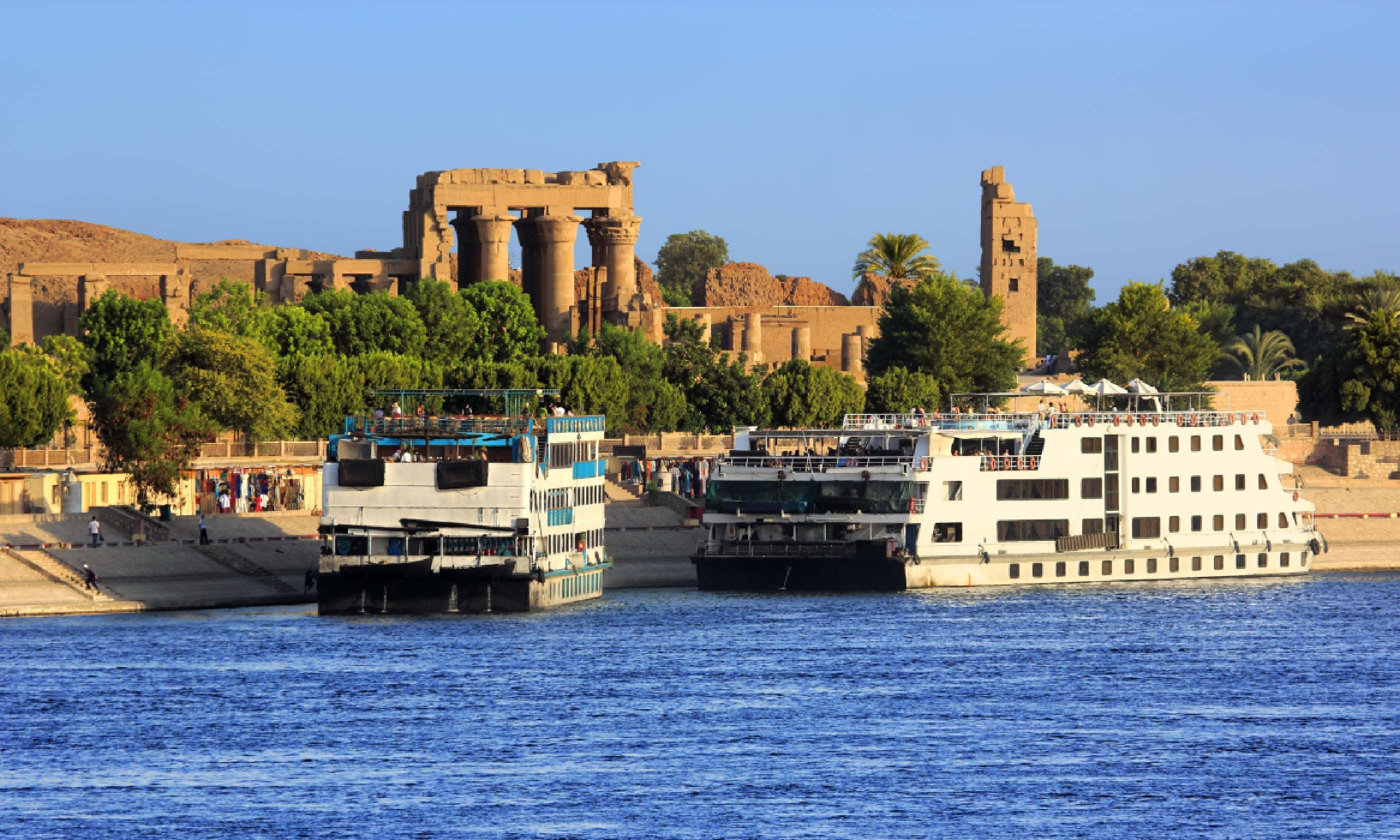 Cruise ships docked at Kom Ombo on the Nile (Shutterstock)