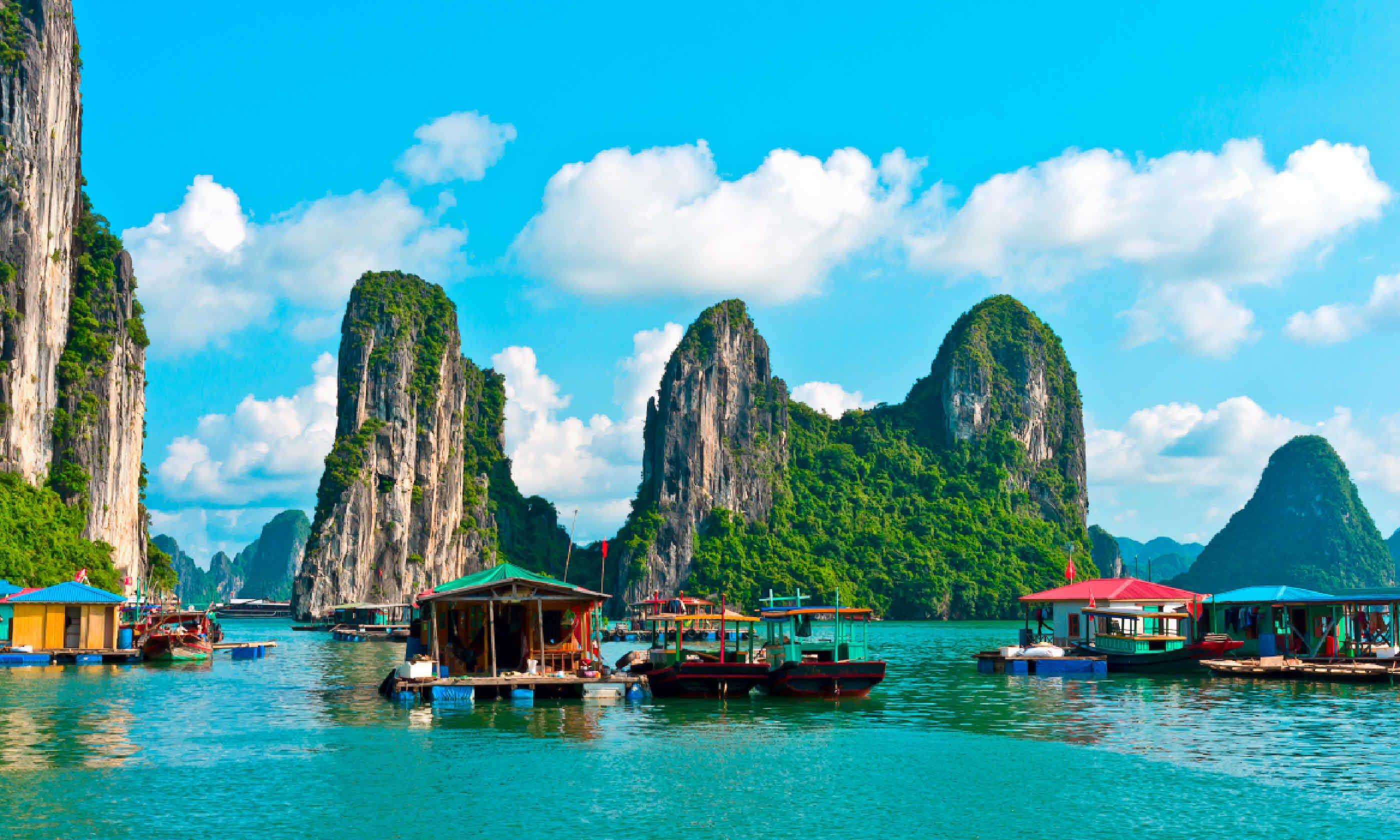 Floating village and rock islands in Halong Bay, Vietnam (Shutterstock)