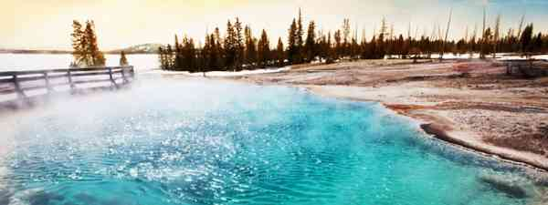 Hot springs in Yellowstone NP (Shutterstock: see credit below)