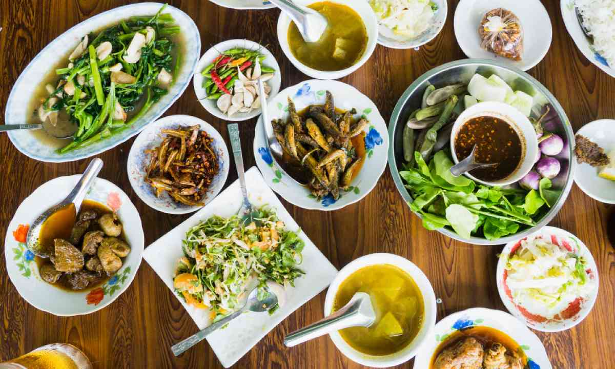 Restaurant table in Burma (Shutterstock)