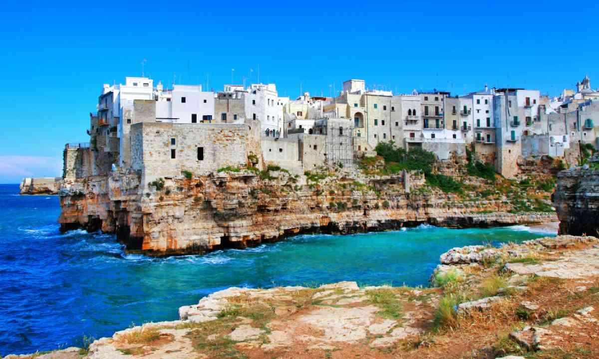Polignano al mare, Puglia (Shutterstock)