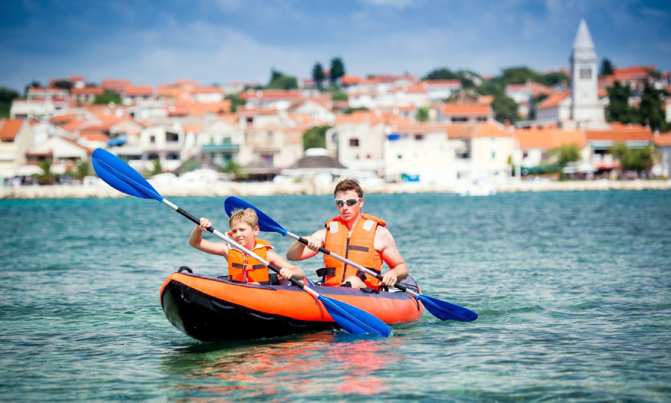 Kayaking in Croatia (Shutterstock)