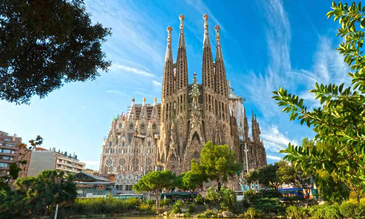 La Sagrada Familia (Shutterstock)