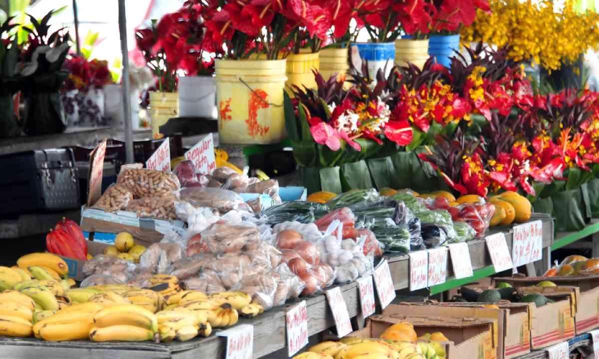 Hilo's Farmer's Market (Shutterstock)