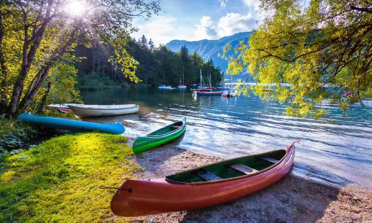 Bohinj Lake (Shutterstock)